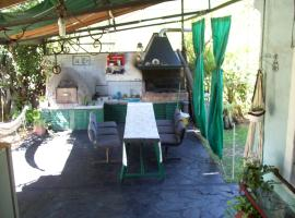 Hostel El Ceibo, Dique Luján