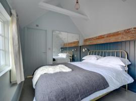 Songbird Cottage, Littlebourne