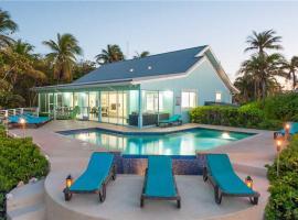 Calypso Blue Home, Hutland