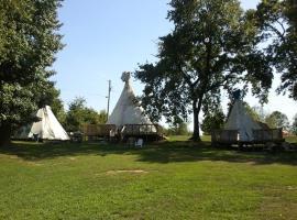 Diamond John's Riverside Retreat, Murfreesboro
