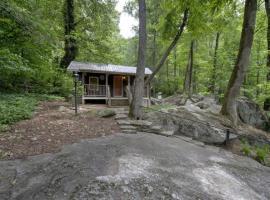 Cabin on the Rocks Cabin, Chimney Rock