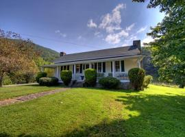 100 Acre Wood Cabin, Weaverville