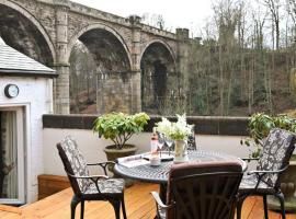 Teardrop Cottage, Knaresborough