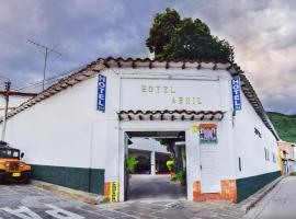 Hotel Abril, San Gil
