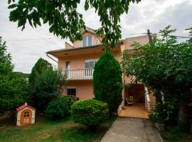 Apartment Spes, Radanovići