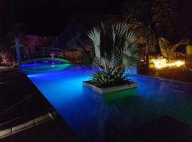 Paradise Inn, Las Lajas