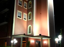 Hotel Aquila, 카스텔프란코에밀라