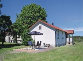 Three-Bedroom Holiday home in Lärbro, Valleviken