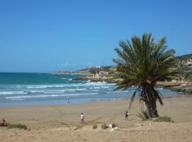 Maison au coeur de la vie marocaine, Aourir