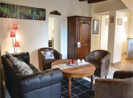 Studio Holiday Home in Loches, Loches