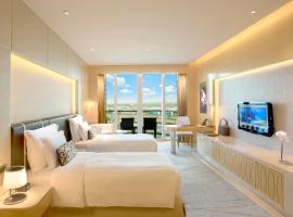 The Meydan Hotel, Dubaj