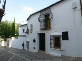Salvatierra Guest House