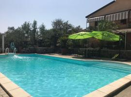 Villa Paola, Faleria