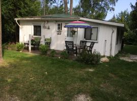Waterview Cottage, Wasaga Beach