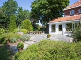 Mooie monumentale villa met grote tuin, Lisse