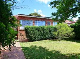 4 Bedroom House Close to Macquarie University, Sydney