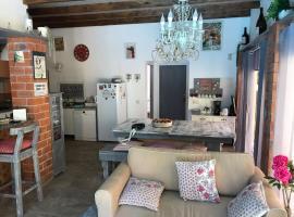 La Petite Maison, Nogueira