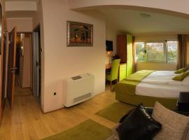 Bed & Breakfast Garden40, Белград