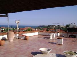 Villa 'n' View, Makrýgialos