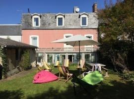 House Maison de caractères avec jardin et véranda, Donville-les-Bains