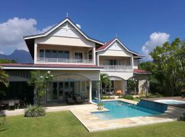 Villa Constantine, self-catering luxury beach house, Eden Island