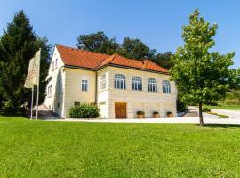 Villa Istenič, Bizeljsko