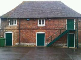 Plumpton Barn, Wye