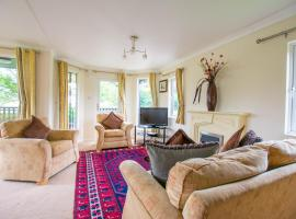 Holiday Lodge in Open Countryside, Shrawley