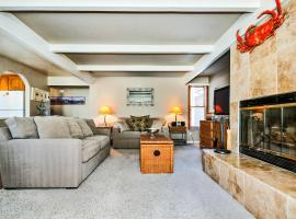 Relaxing Family Riverview Condo, Capitola
