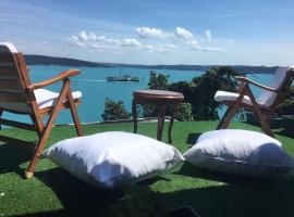 Terrace with Amazing Bosphorus View, Sarıyer