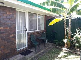S/C room, private house, Redcliffe