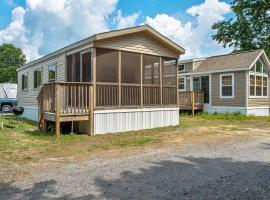 Chestnut Lake Camping Resort Loft Park Model 2, Port Republic