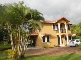 Villa Mar a Lago, Parrita