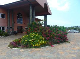 Bojo Beach Resort, Bortianor