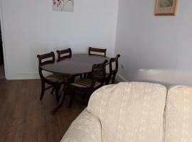 telelkebire house 44, Pontypridd