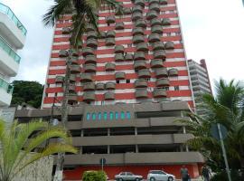 Apartamento no Edifício Torre Alta em Caiobá frente mar, Matinhos