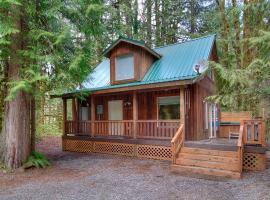Cedar Sky Cabin Cabin, Skykomish