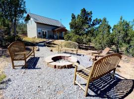 Cedars 3 Bedroom Cabin, Blanding