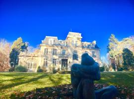 Chateau Des Forgets, L'Isle-Adam