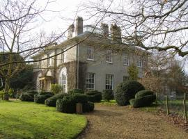 The Lynch Country House, Somerton