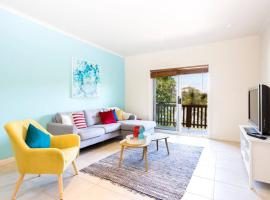 Beautiful Beachside House with Five Bedrooms, North Avoca
