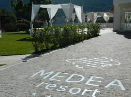 Medea Resort, Bellona