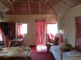 Bintang Bolong Lodge, Bintang