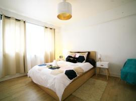 Grand appartement de standing avec loggia, Bordo