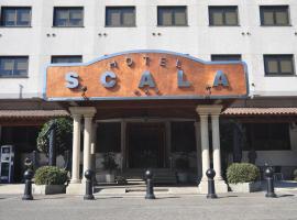 Hotel Scala, Padrón