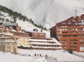 Hotel Europa, Astun