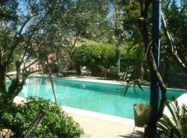 Casa di Nina, Les Angles