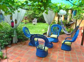 El Jardin Hostal, Asuncion