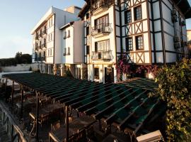 Zinos Hotel