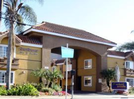 Sunburst Spa & Suites Motel